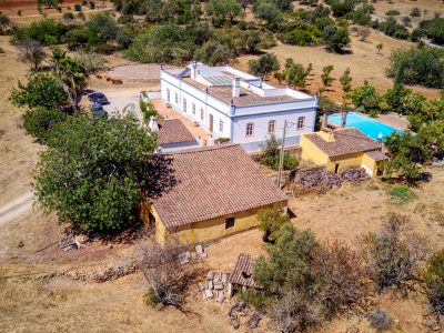 Farmhouse for sale in Luz de tavira
